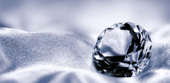 ダイヤモンドの価格はどのように決まるの?