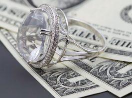 使わなくなったダイヤモンドジュエリーを売ってみよう