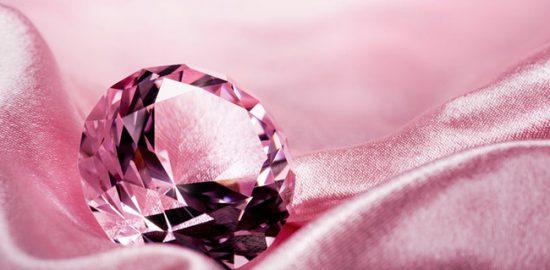 ダイヤモンドジュエリーを長持ちさせるために