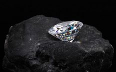 ダイヤモンドの誕生秘話