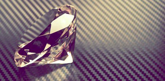 一粒ダイヤモンドの魅力とは?