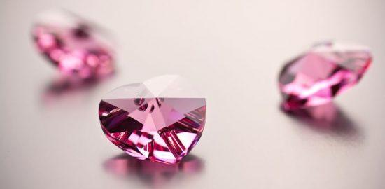 カラーダイヤモンドの魅力を探る